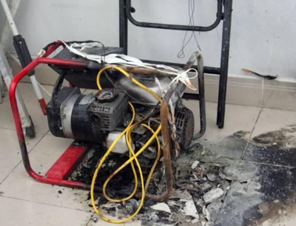 nên sử dụng máy phát điện nhập khẩu chính hãng để tránh cháy nổ